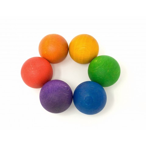Grapat nagy méretű, színes golyók